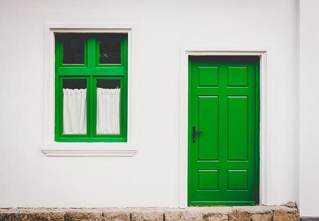 Porównanie rodzajów umów pośrednictwa nieruchomości