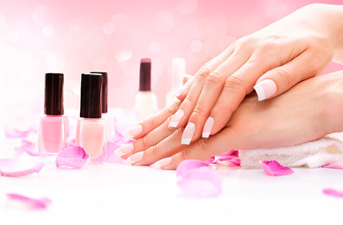 Manicure hybrydowy - co warto wiedzieć?
