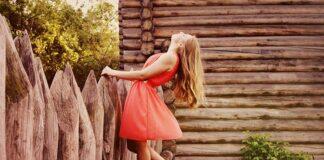 letnie sukienki w hiszpańskim stylu
